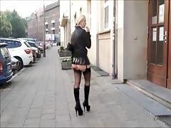 Hot Ass Of Blonde Milf Exibitionist