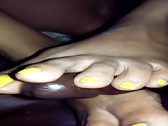 Yellow nail polish 2