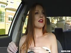 Horny driver gets an amazing blowjob during a ride
