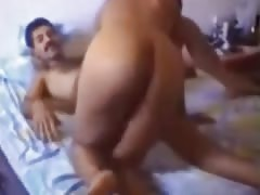 Arab amateur couple homevideo suck and fuck