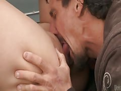 Horny Japanese pervert Miko Lee fucked on the car!